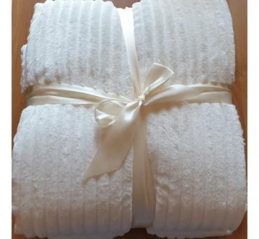 Koc  - narzuta - Capri - 200 x 220 - Jasny Krem -  Microfibra  Cream