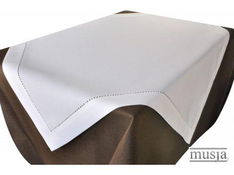 Serwetka z mereżką 30x45  biała