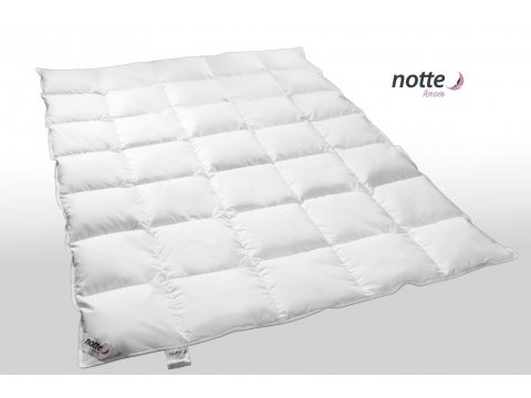 Kołdra całoroczna Puchowa Notte Amore Medium  90 % puch gęsi 240x220