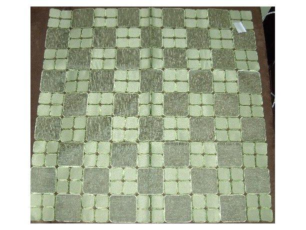 Haftowany Bieżnik - 85x85 - zielone kwadraciki - 128