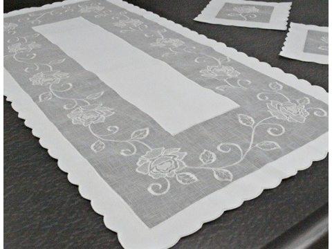 Bieżnik nakładka - z rożą biały - 50x100 cm - wz. 822