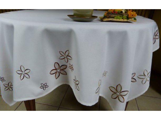 Bieżnik haftowany - złamana biel z brązowymi kwiatkami - 85x85 cm - INT 051