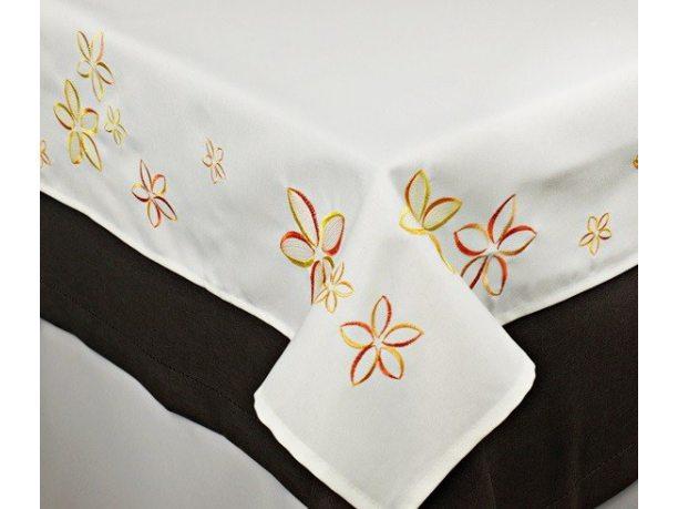 Obrus haftowany  Kwiatuszki 110x160 cm int 051 pomarańczowy