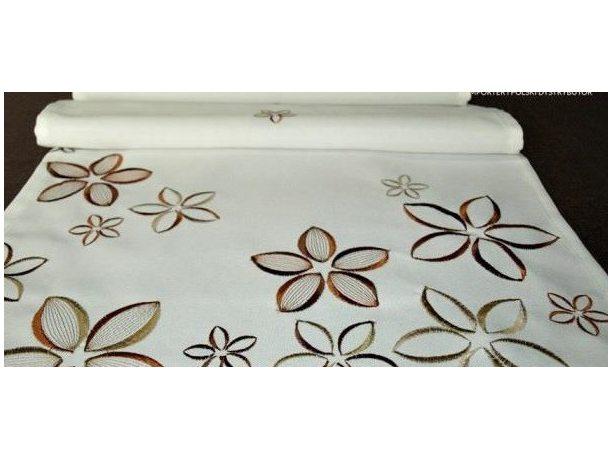 Serwetka haftowana Kwiatuszki 25x25 cm int 051 brązowy