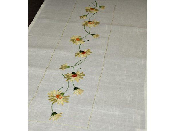Bieżnik haftowany - biały ze stokrotkami - 50x100 cm - INT 317