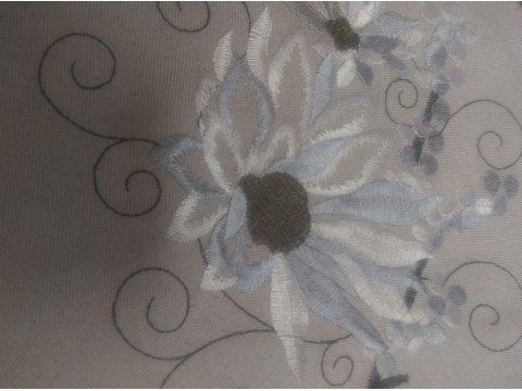 Serwetka haftowana 25x25 cm  Kwiatowa 622