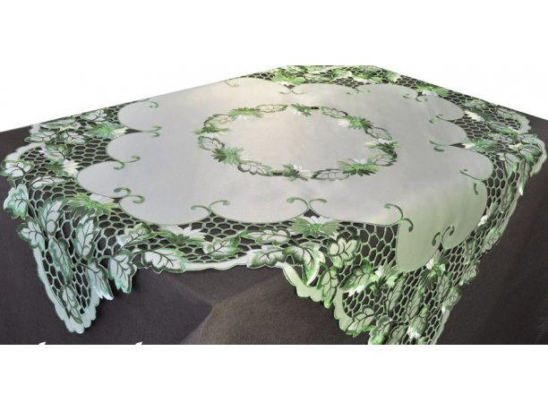 Haftowany obrus 120x160 zielony int 962