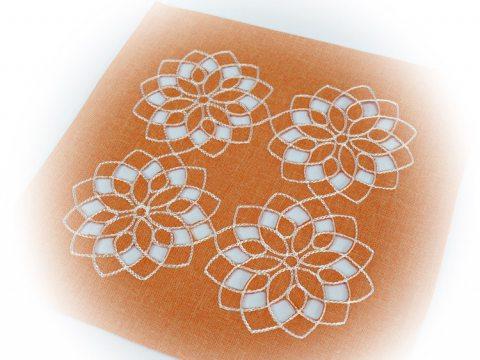 Serwetka haftowana 25x25 cm  - int 14604  - Kwiat Pomarańczowy