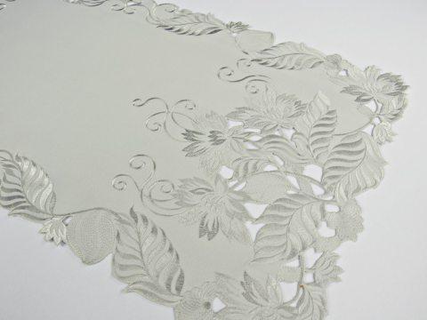 Bieżnik haftowany  Biały  40 x 140 cm  wz. 1684  prostokątny