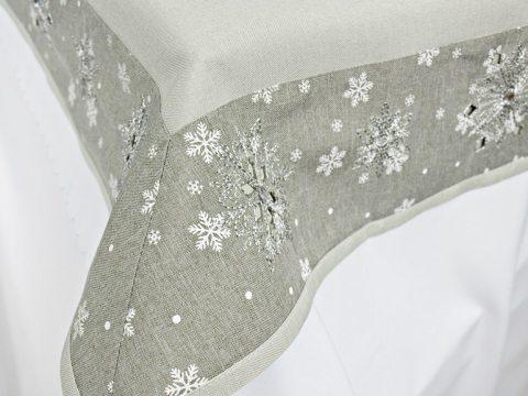 Obrus świąteczny  szary, popielaty,  srebrna śnieżynka z koralikiem - 140 x 220  Śnieżynka 16736