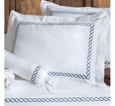 Pościel haftowana ekskluzywna - Catena Blue - 200x220 - Tivolyo  Embroidery Satin