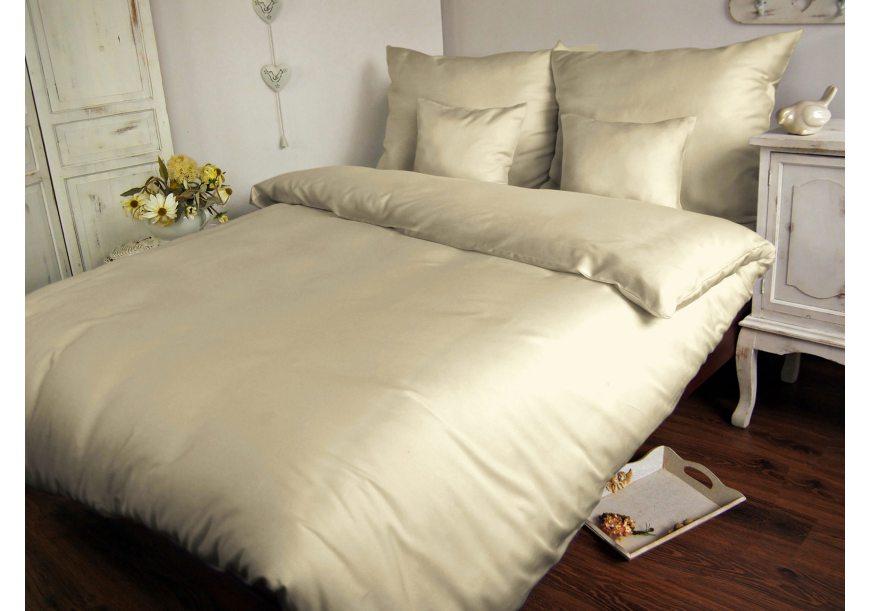 Jak pościelić łóżko? Sposoby na efektowne ścielenie łóżka